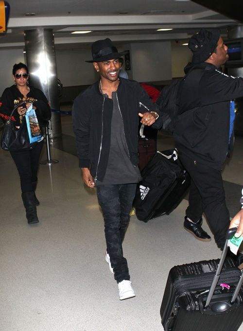 Big Sean leaving LAx with out his Ex Naya Rivera, Big Sean is Officially Single ladies