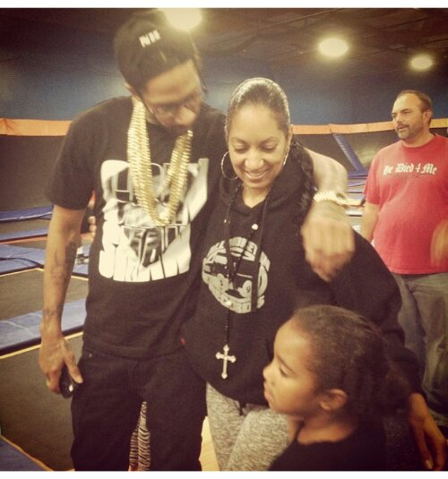 @Nipseyhussle @KobeBryant & More Supporters Supporting The