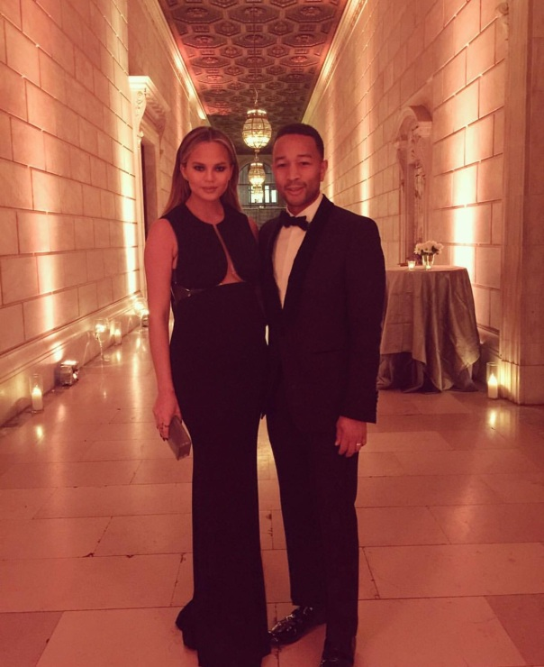 John legend and wifey - Westpoppn.com
