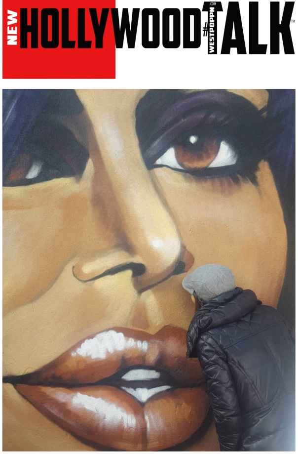 Drita kissing big Ang wall mural -Westpoppn.com