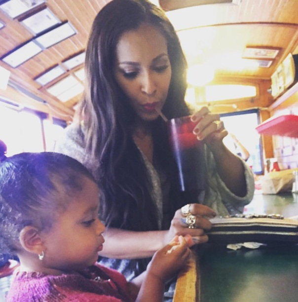 Amina and her daughter at Taj's sweetie pies in noHo - Westpoppn.com