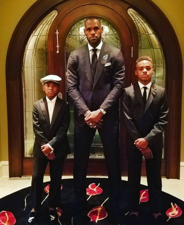 lebron james & sons - Westpoppn.com