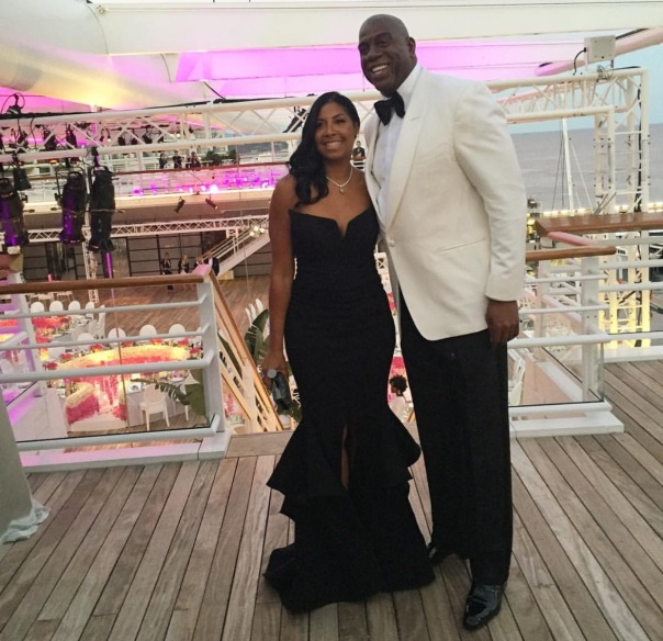 Magic Johnson and cookie celebrate 35 years of marriage- 25th anniversary - WESTPOPPN.com