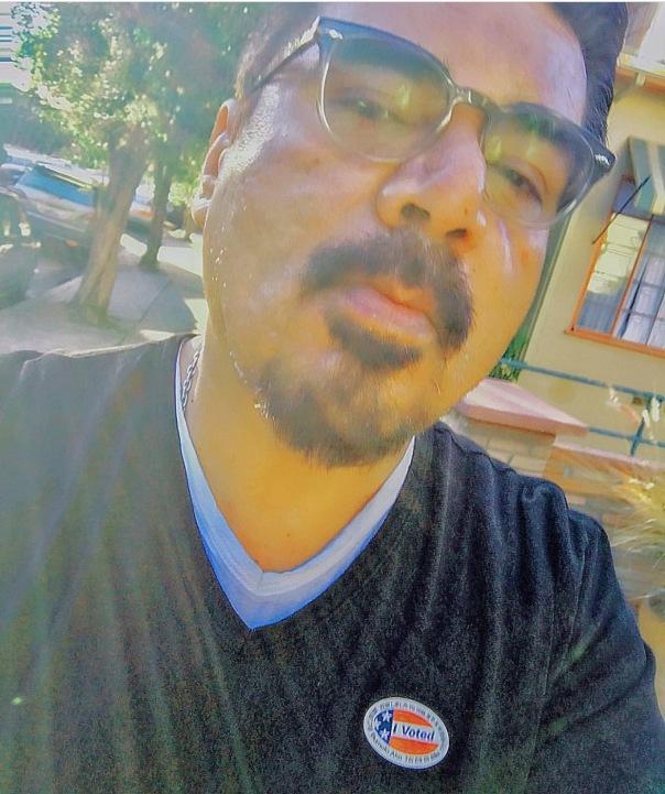 George Lopez voted ✔️WESTPOPPN.com