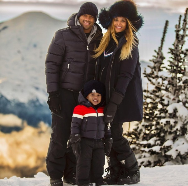 Ciara and family Russell Wilson - Christmas w/ family - WESTPOPPN.com