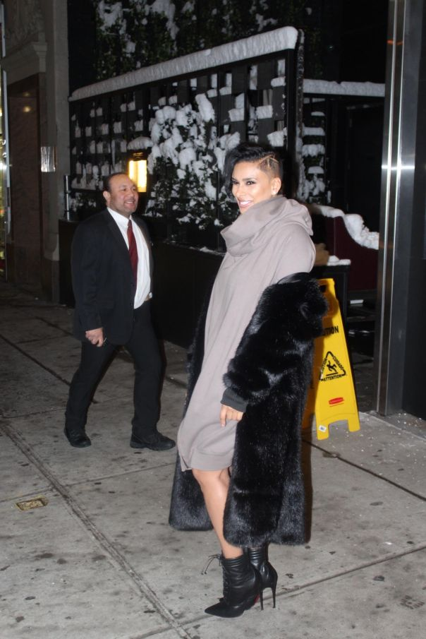 lauragovan-spotted-in-nyc-for-fashion-week-leaving-catch-restaurant1